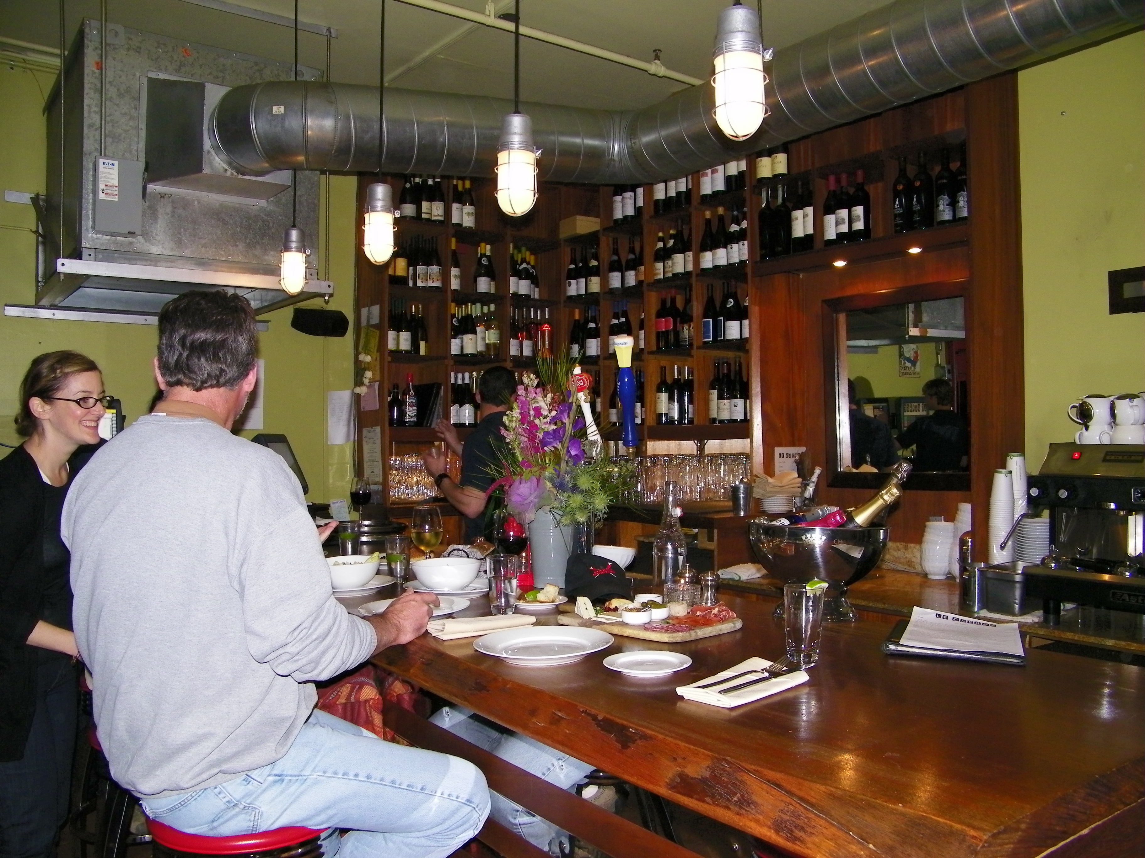 Coffee 365 things to do marin - Le garage restaurant montbonnot ...