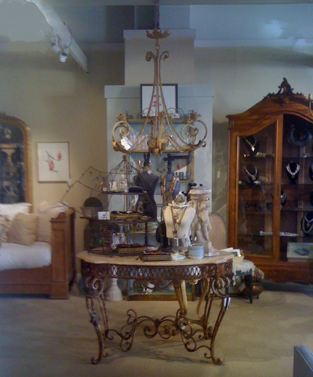 Antique stores marin 365 things to do marin for Home decor 365